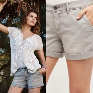 Anthropologie chino distressed grey shorts size 28